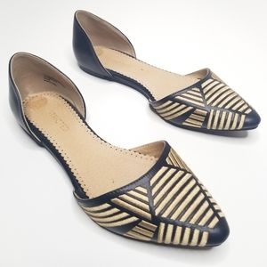 Restricted Pointed Flats Gold Embroidered Womens 9